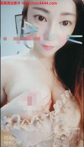【重金自购】【全球首发】花椒五位主播2019最新大尺度视频[MP4/1